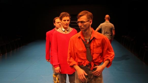 Theater an der Parkaue/ Böse Kinder/ Joseph Konrad Bundschuh, Mira Tscherne, Robert Zimmermann/ Foto: Christian Brachwitz