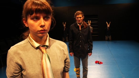 Theater an der Parkaue/ Böse Kinder/ Mira Tscherne, Nina Wyss/ Foto: Christian Brachwitz